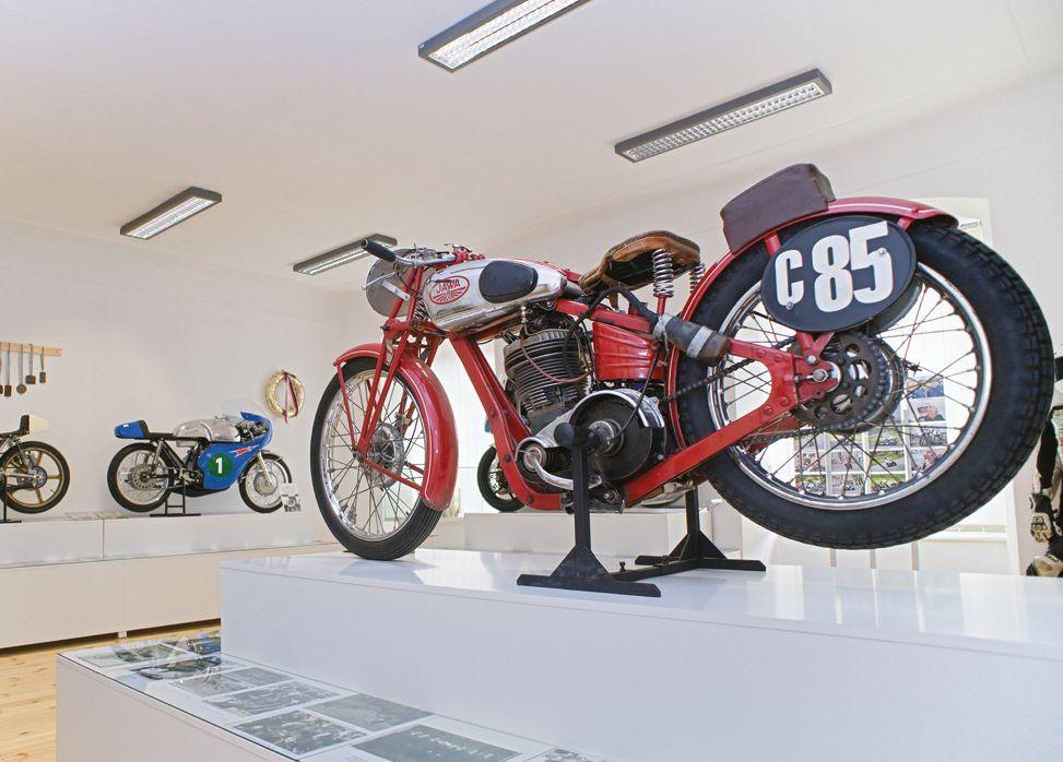 webové stránky zdarma pro motocykly
